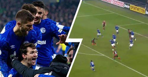 Barca-Leihgabe Juan Miranda liefert im Schalke-Spiel eine Torvorlage beim Siegestreffer