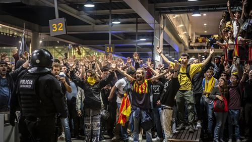Catalonia police reportedly believe playing Clasico on December 18 will be 'very difficult'