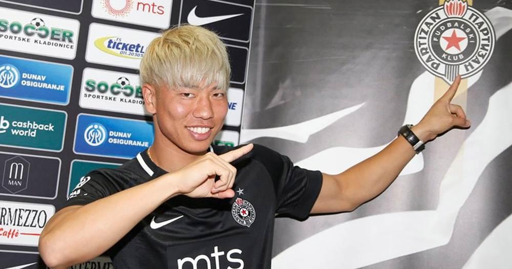OFFICIAL: Takuma Asano leaves Arsenal