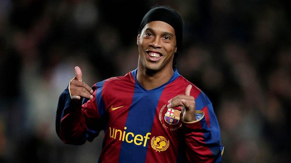 Retour sur son départ du Barça: Ronaldinho donne enfin la vraie raison
