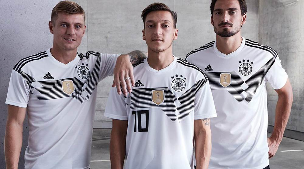 low priced 8d767 84bd9 WATCH: Mesut Оzil models Germany's new kit for the upcoming ...