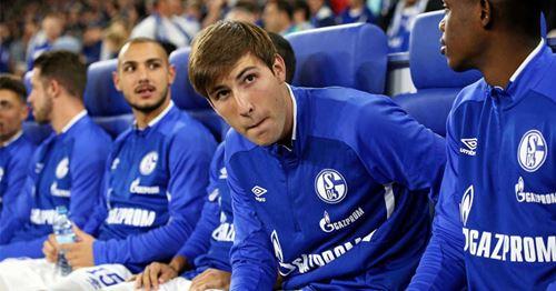 Barca set to terminate Schalke's Miranda loan
