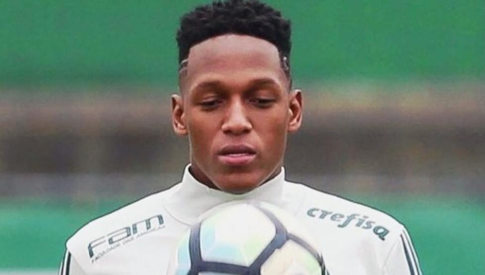 Yerry mina should become barcelonas first signing of 2018 and yerry mina should become barcelonas first signing of 2018 and could join in january so say mundo deportivo barca have already agreed a deal for the stopboris Gallery