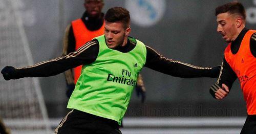 Luka Jovic back to group training during Monday session at Valdebebas