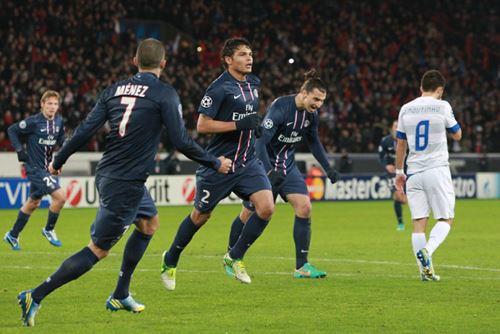 Rétro: Le but de Thiago Silva contre Porto en 2012 (vidéo)