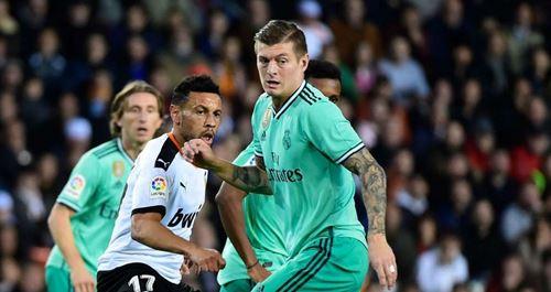 Kroos sets La Liga record in Valencia draw